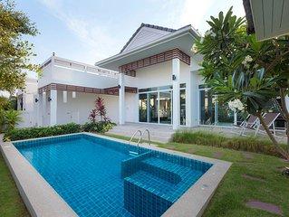 Excellent Private Pool Villa (P8)
