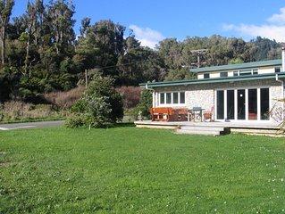 Fantastic Pohara beach-front house