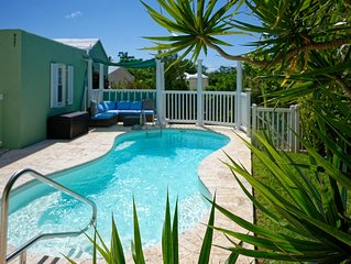 MoonGlow Cottage - Spacious, Private and Within Walking Distance To The Beach