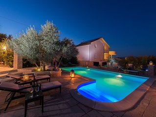 Villa Kos - A-2, Apartment for 2-4, with Swimming pool (4+0)
