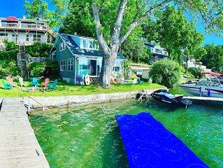 2 Lakefront houses - Sleeps 24 - 3600 Sq/Ft -