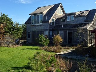 4 BDRM 3 BATH WATERFRONT private beach, phenominal sunsets across Bay