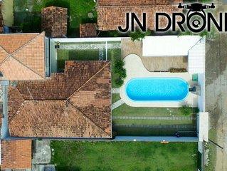 Casa com piscina para temporada na praia do sul em Ilheus/BA