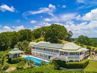 LUXICO - Cedargrove Estate, 11acres of lush green hills with pool