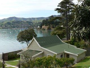 Seaside Cottage - Glen Bay