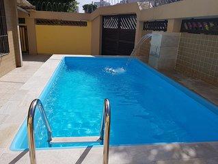 Casa na Praia, Piscina, Sinuca, Churrasqueira, Alto Padrão, Suítes c/Ar Cond.