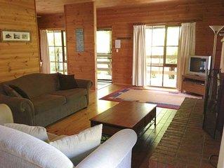 Cedar * Inverloch - cedar beach house