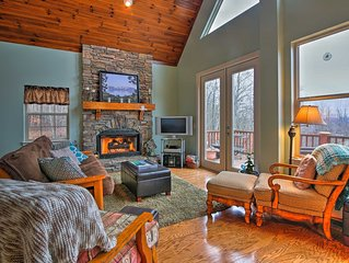 Hayesville Cottage w/ Stunning Lake & Mtn Views!