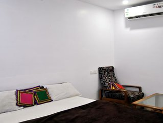 Unit 13 Beautiful and clean room to stay