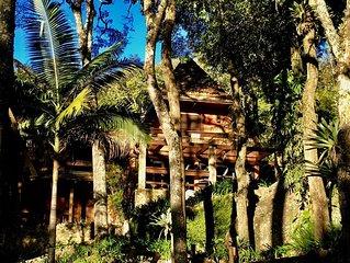 Casa de Montanha em Atibaia - em Condomínio.