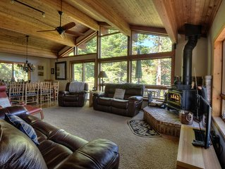 Vista Point - 2 miles from Kings Beach, comfy reclining seats, filtered lake vie