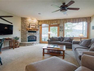 W3401 by Mountain Resorts ~ Nicely Updated ~ Pool ~ Walk to Hiking/Biking