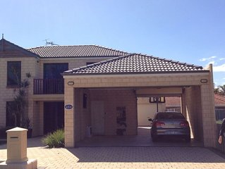 Geraldton Marina - Family Beach Holiday House.