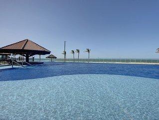 Apartamento Duplex em Condomínio de Luxo Beira Mar com Spa