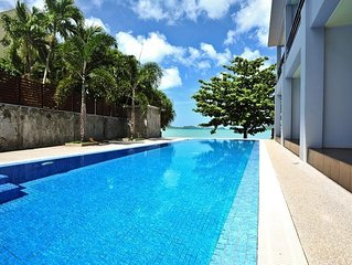 Beachfront Apartment Pool Access