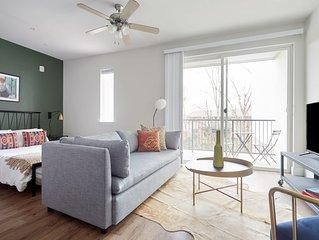 Sonder | The Edison | Comfortable Studio + Balcony
