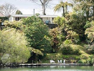 'Longdrive' Lake Rotoiti- Private Jetty- Lake Edge Couples-Families