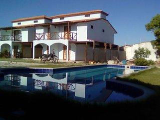 Casa com piscina a 200 mt do mar