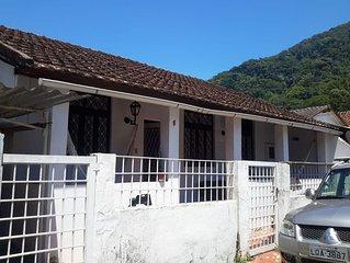 Casa de vila simples e aconchegante no Jardim Botanico