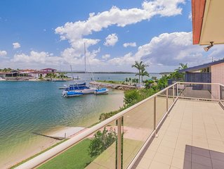 31 The Peninsula - On the water with boat ramp and jetty