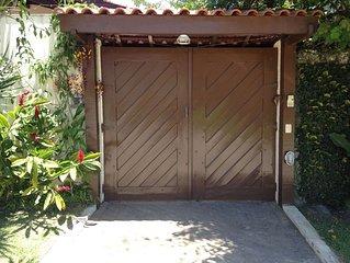 Ampla Casa de veraneio a 400 m da Praia  de Barra do Una