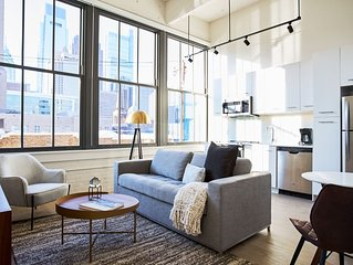 Sonder | Sixteen Hundred | Charming 1BR + Rooftop