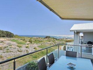 Saltwater Curls Anna Bay Coastal Retreat with Views