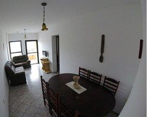 Apartamento 2 Dorm a 500 mts da praia. Conforto e seguranca!