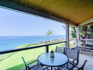 Oceanfront Escape w/ Lanai, Washer, Dryer, Shared Pool Area- Kailua Kona