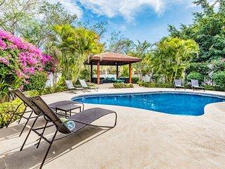 Ocean, Beach Casa! Private Pool! Pool Side Palapas! Each Bedrm has Private Bath!