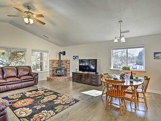 Cozy Home w/Fireplace 11 Mi. to Mt Shasta Ski Park