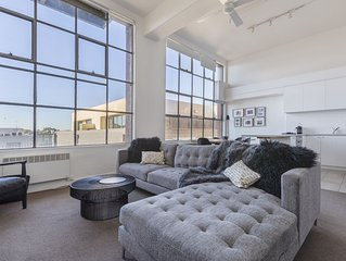 New York style light filled large 1 bedroom in iconic heritage building