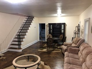 Renovated 3-Bedroom Private House ~ Minutes To NYC