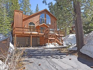 Private Charismatic Donner House w/ HOA access, board games, slow cooker, Roku T