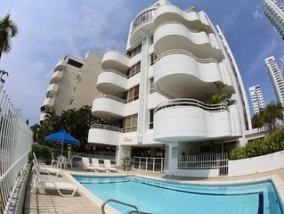 Condo with magnificent views and steps to pool and best beaches in Cartagena