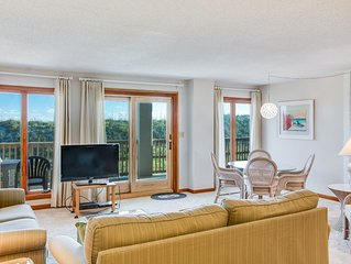 A Wave From It All:  3 Bedroom Oceanfront Condo with Access to Beach and Communi