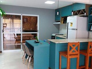 Village c/ vista Mar - Mobiliado /Area Gourmet,Wi-Fi, 2/4, 2 TV's - Tudo novo!!