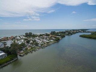 Turtle Bay Condos #2-B*Lemon Bay*Beach*Heated Pool*Boat Dock*Fishing*WiFi*