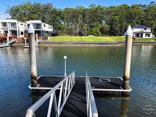 Coomera Waters Retreat