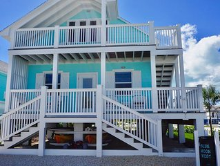 FALL PRICING $175 per night!!Blue Moon West  - Steps from the Beautiful Beach!