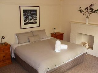 Forster Cottage - A Tranquil Self-contained Home