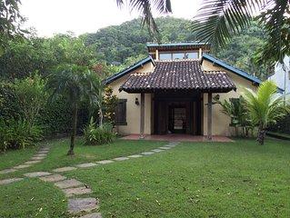 Casa Charmosa em Camburi