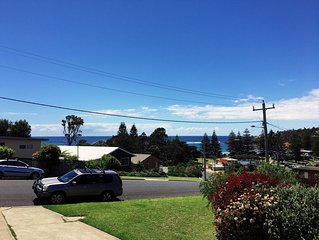 The Lookout - 250 metres from the beach and local shops.
