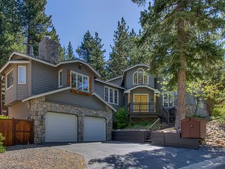 Stunning 4BR House w/ Game Room, BBQ Deck, Backyard (WiFi Included)