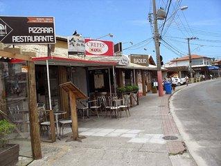 Villa Verao - Casa VERDE - 70 m Praia - 6 Pessoas - WiFi Free - TV Cabo - Ar Con