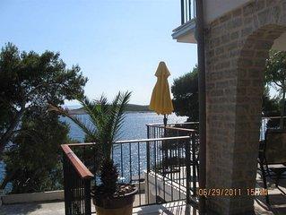 Premier oceanfront apartment Marta