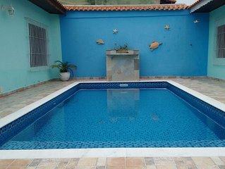 Casa 3 quartos, piscina e churrasqueira - 1 suite