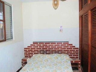 Casa para 6 Pessoas em Peruibe/sp - 1 suite,garagem perto do Mac Donalds,pracas