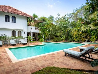 Mediterranean Casa de Campo Villa, Spacious, Swimming Pool, AC, Free WIFI, House