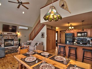 Newly Updated Chalet-A/C-Pool Table- Master Suite-Skiing-Whitewater-Waterparks